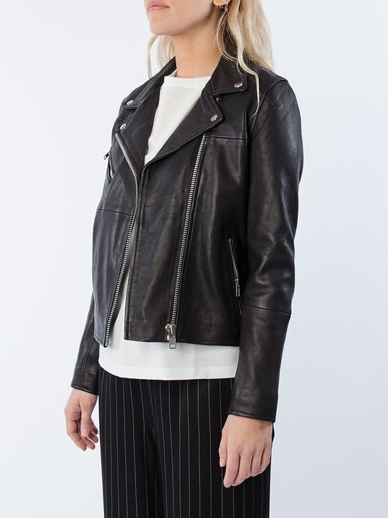 Tautou Jacket 2771 Black BAS