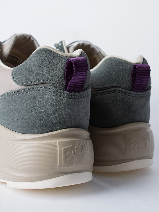 APLACE Jet Combo Suede Sage W - Eytys