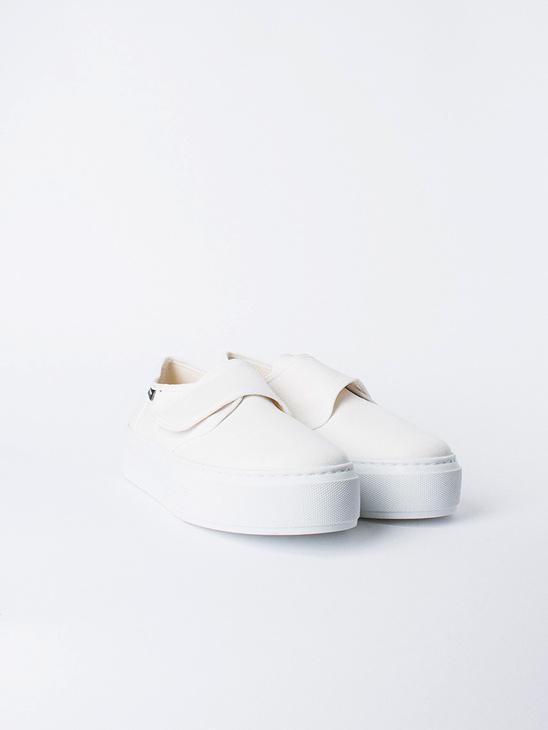 Marka Sneakers White