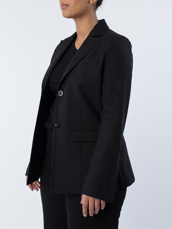 Anita Suiting Black