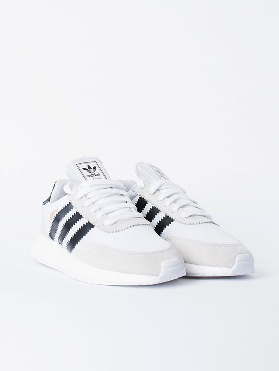 I-5923 F White