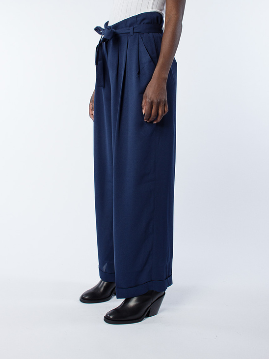 Crepe Georgette Pleasy Navy
