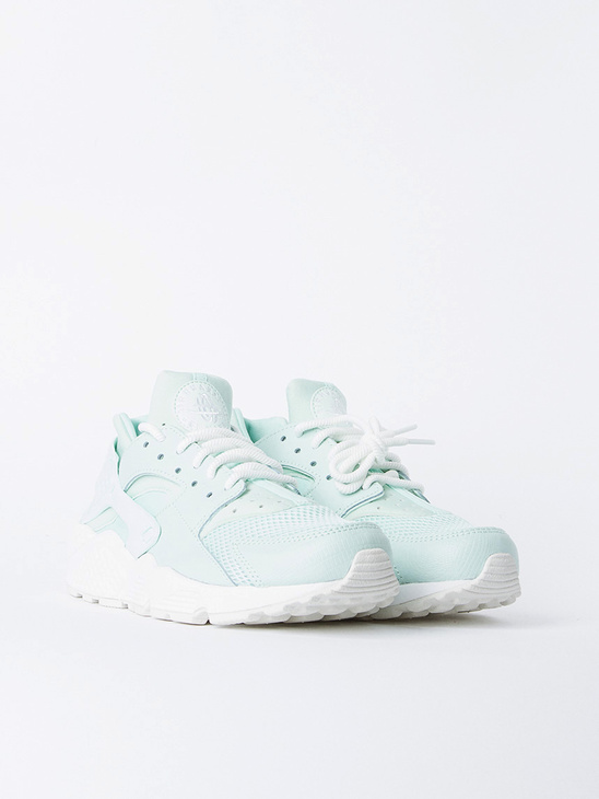 Nike Air Huarache Run Igloo