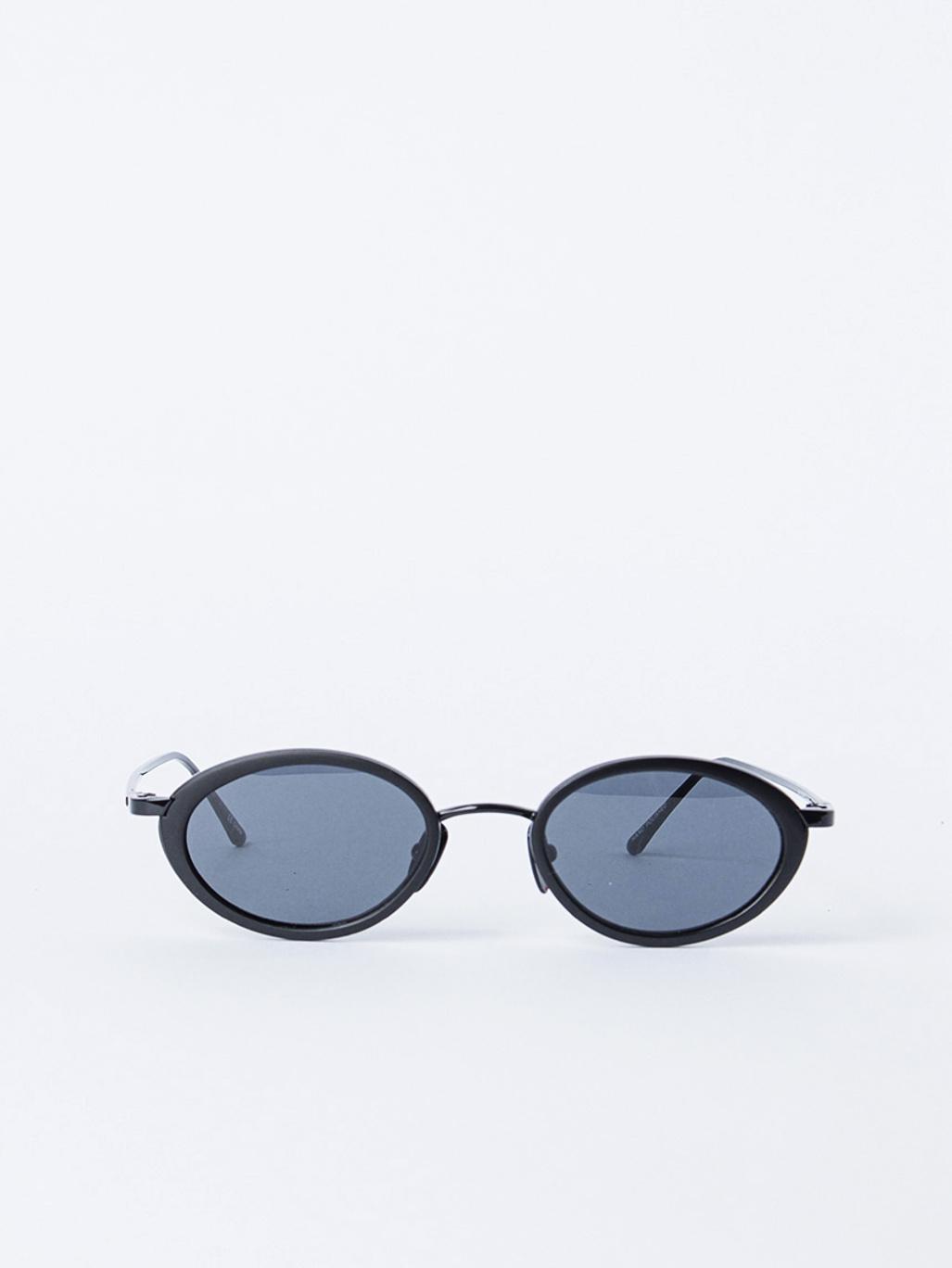 a15221e183 LUXE - BOOM! - Le Specs - APLACE Fashion Store   Magazine