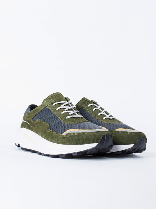 Nolan shoe