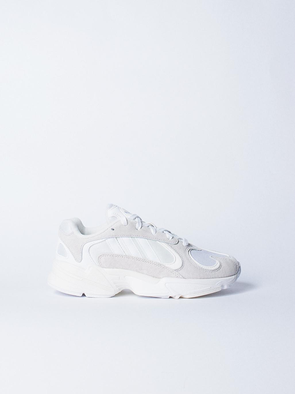 online retailer 0a247 b1020 Adidas Originals YUNG-1 CLOUD WHITE